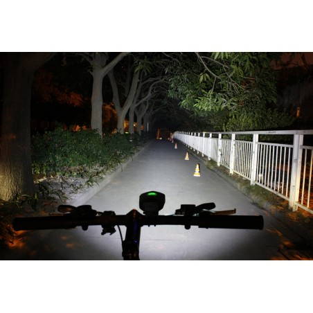 Xeccon Link 300 USB lampa rowerowa 300 lum 2xCREE XP-G2
